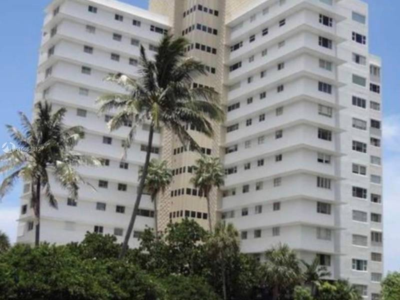 Condo for Rent in Bal Harbour, FL