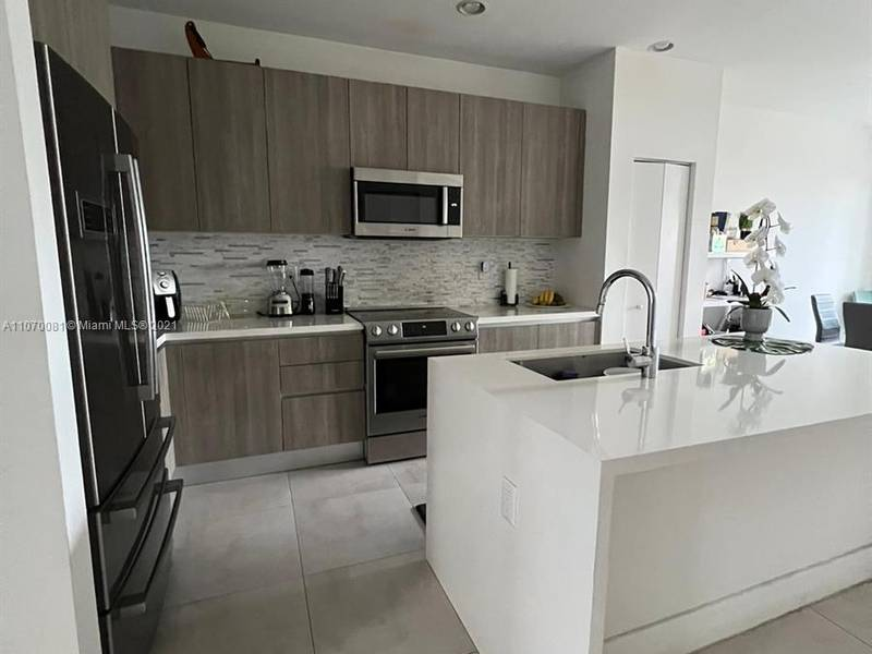 House for Sale in Doral, FL