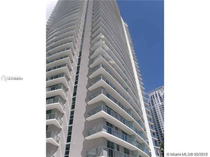 Apartamento para Alugar em Miami, FL