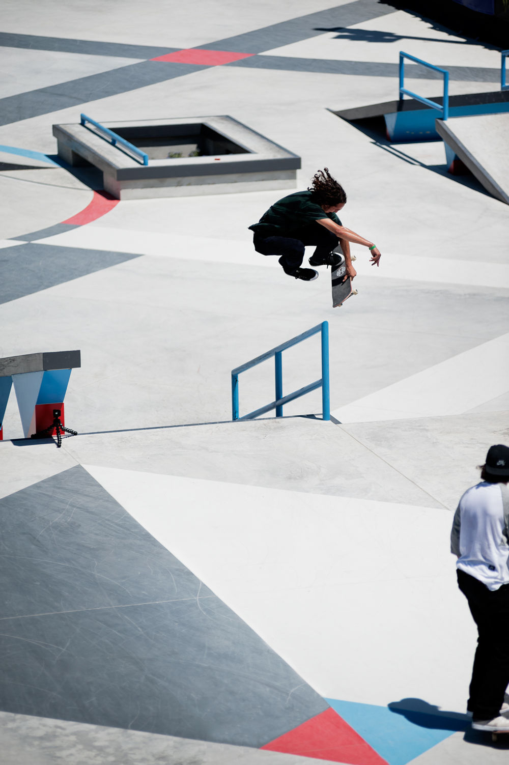 EVAN_SMITH_FRONTSIDE_360_BONELESS_GREY_HENRY_KINSGFORD