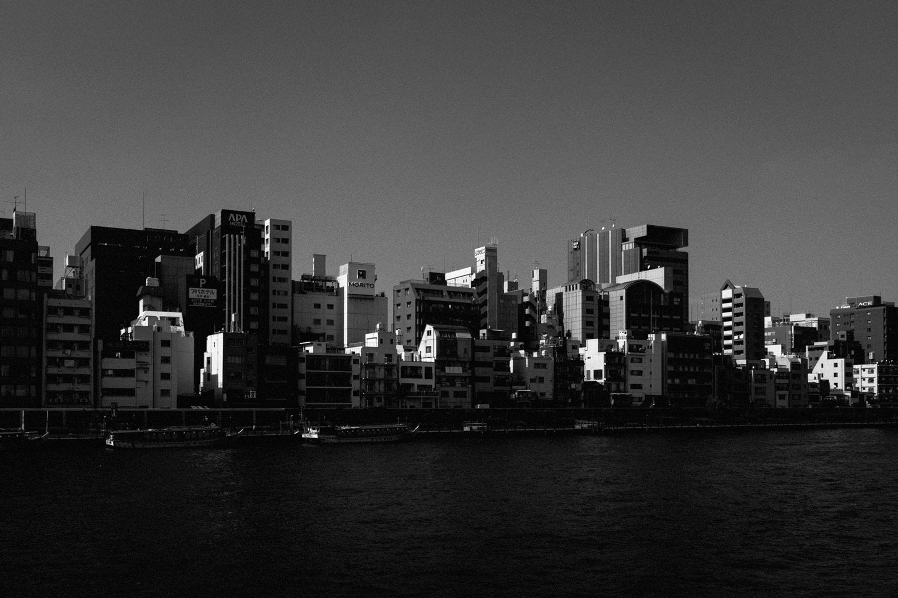 Tokyo-Buildings©Maxime-Verret