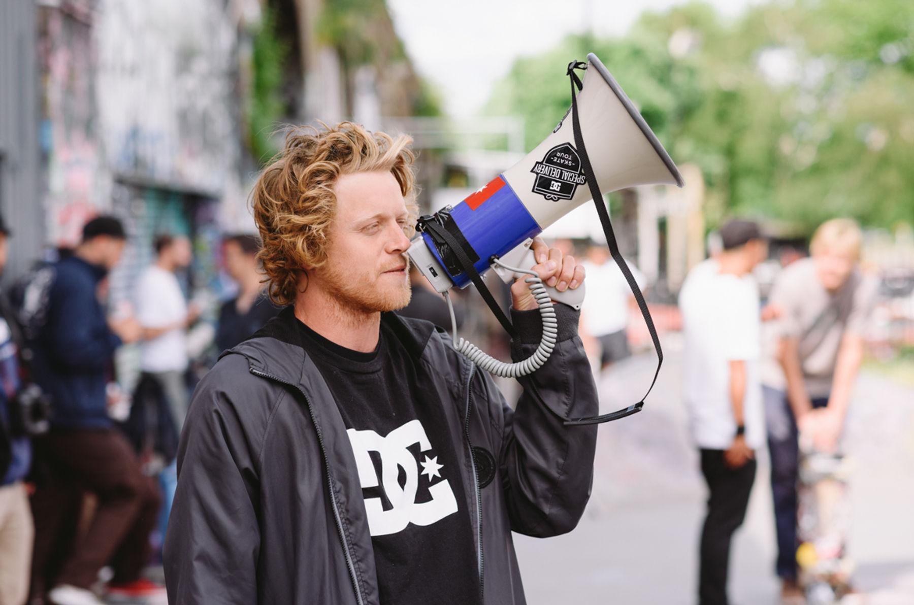 _IHC3572e-Wes-Kremer-DC-Special-Delivery-Skate-Tour-BTS-Demo-Mile-End-London-May-2015-Photographer-Maksim-Kalanep