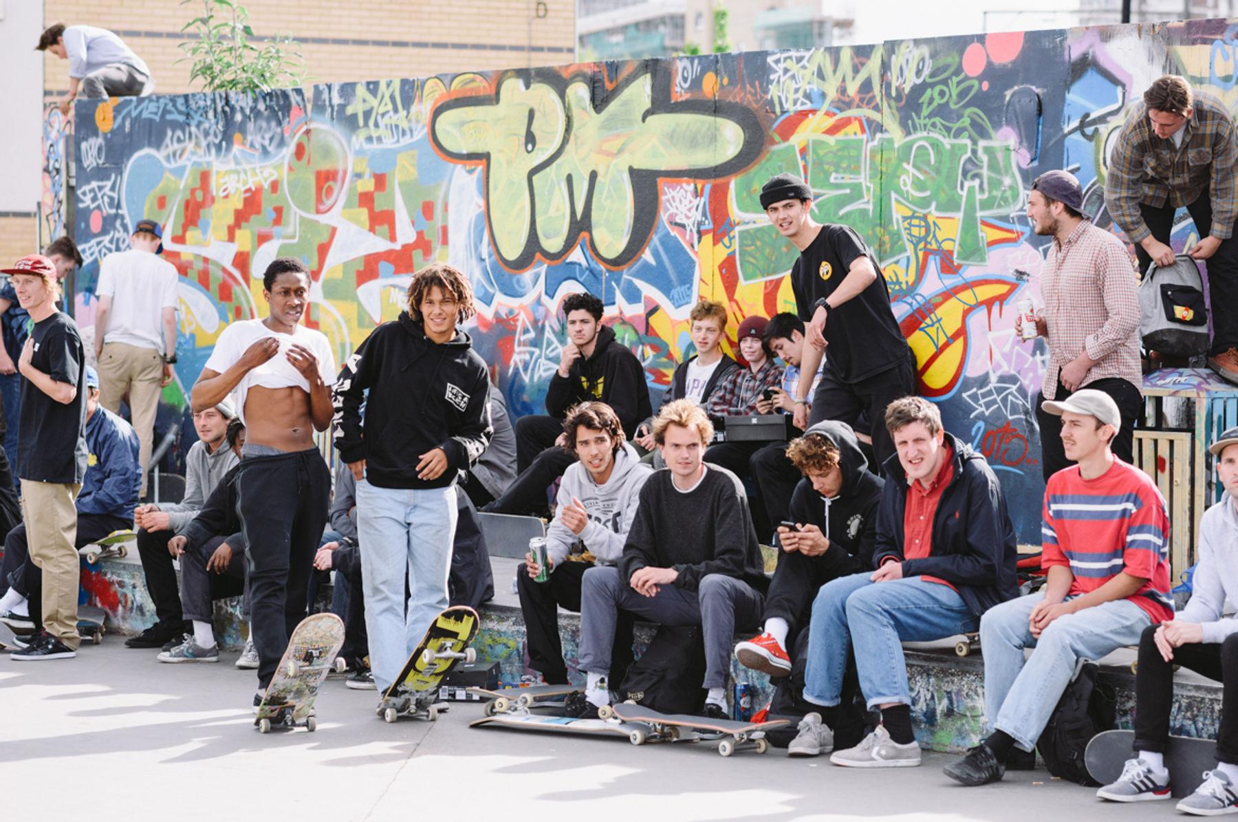 _IHC3687e-Nelly-Mayele-Darius-Trabalza-Tom-Knox-Nick-Jensen-Ben-Raemers-DC-Special-Delivery-Skate-Tour-BTS-Demo-Mile-End-London-May-2015-Photographer-Maksim-Kalanep