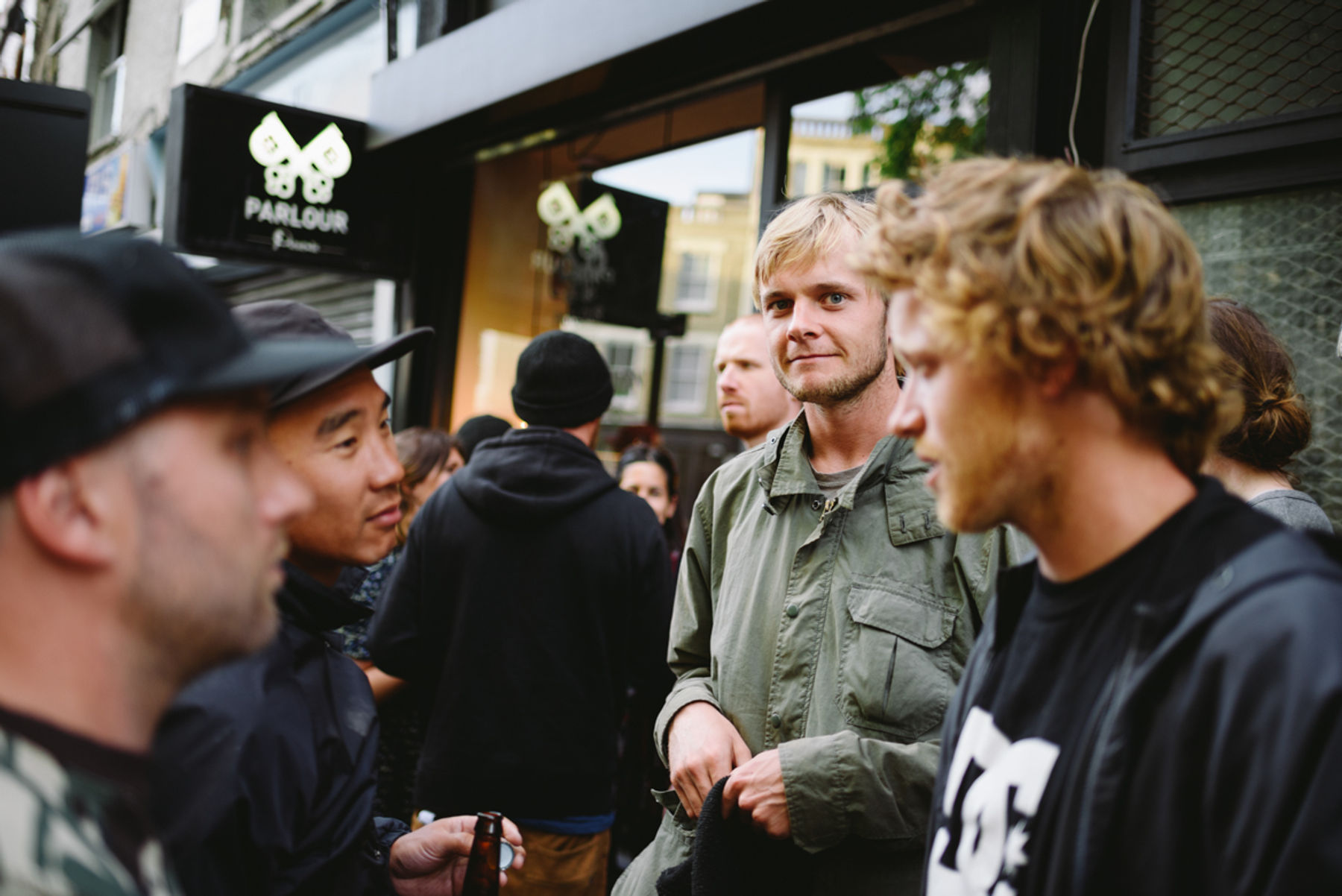 _IHC3871e-Madars-Apse-Wes-Kremer-DC-Special-Delivery-Skate-Tour-BTS-Parlour-Defy-Convention-Exhibition-London-May-2015-Photographer-Maksim-Kalanep