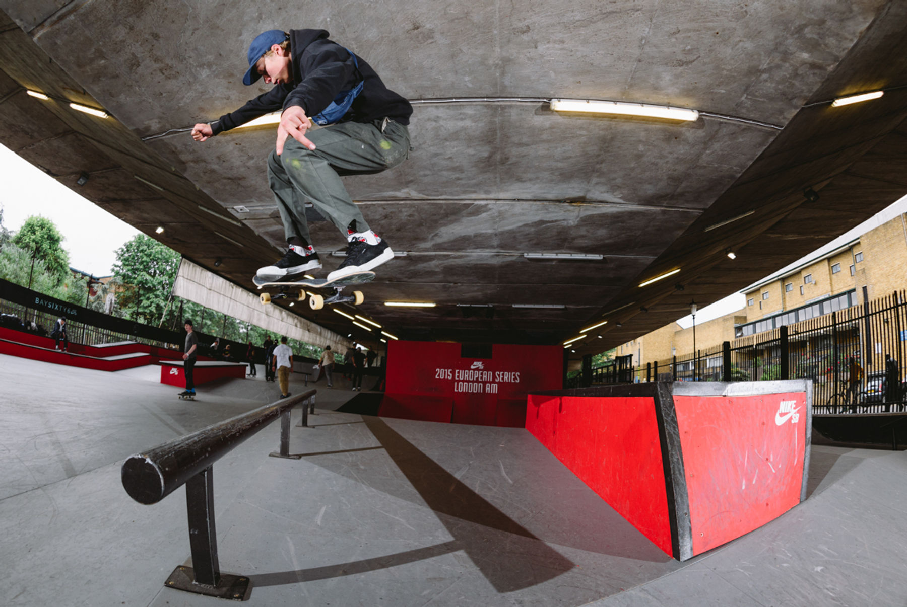 _IHC4992e-Ville-Wester-Wall-Jam-To-Ollie-Over-The-Rail-Nike-SB-London-AM-Day-2-June-2015-Photographer-Maksim-Kalanep