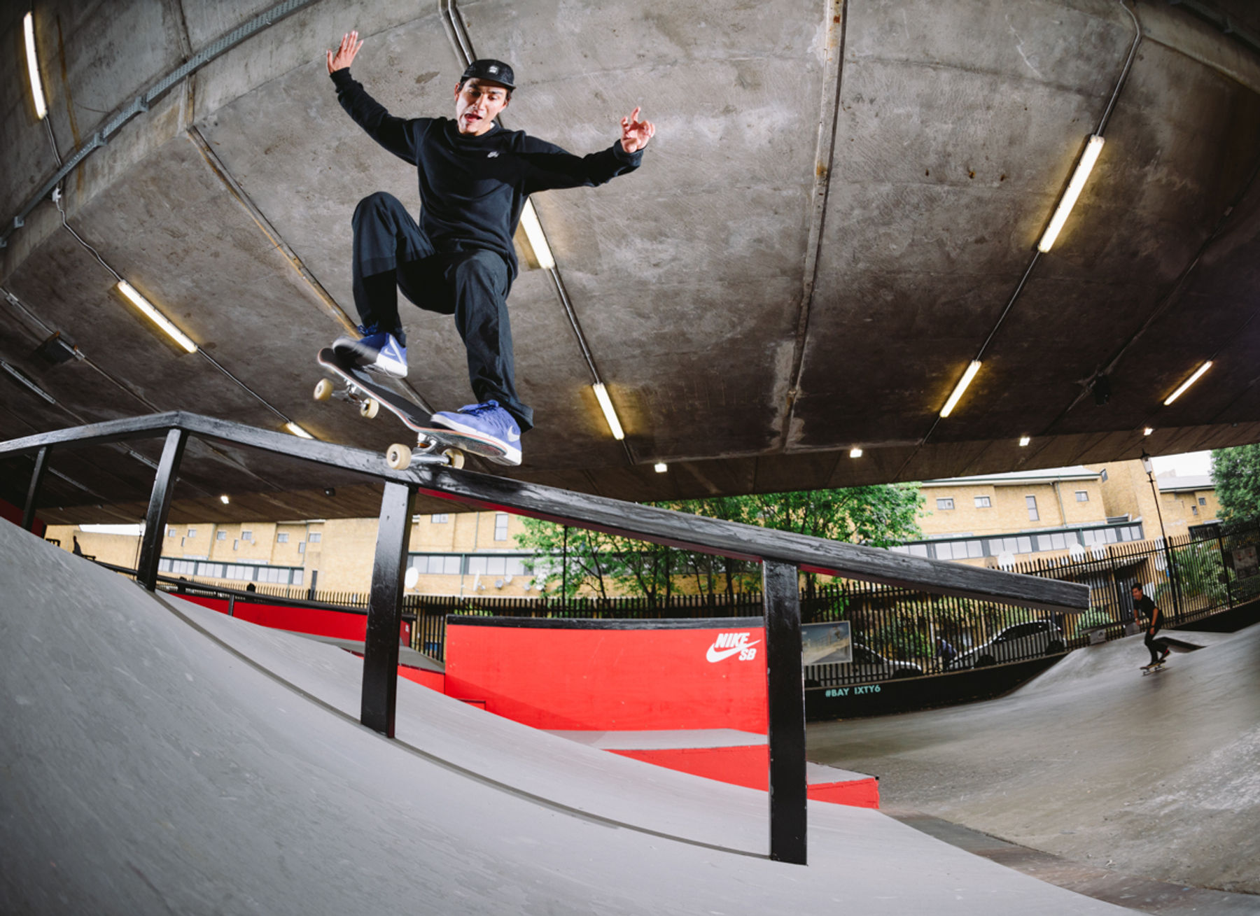 _IHC5017e-Didrik-Galasso-Fs-Nosegrind-Pop-Over-Nike-SB-London-AM-Day-2-June-2015-Photographer-Maksim-Kalanep