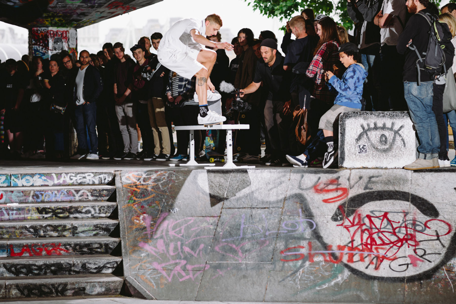 _IHC6878e-Blondey-McCoy-Fs-Nosegrind-Tailgrab-Into-Bank-Adidas-SB-Southbank-Demo-London-June-2015-Photographer-Maksim-Kalanep_NEW