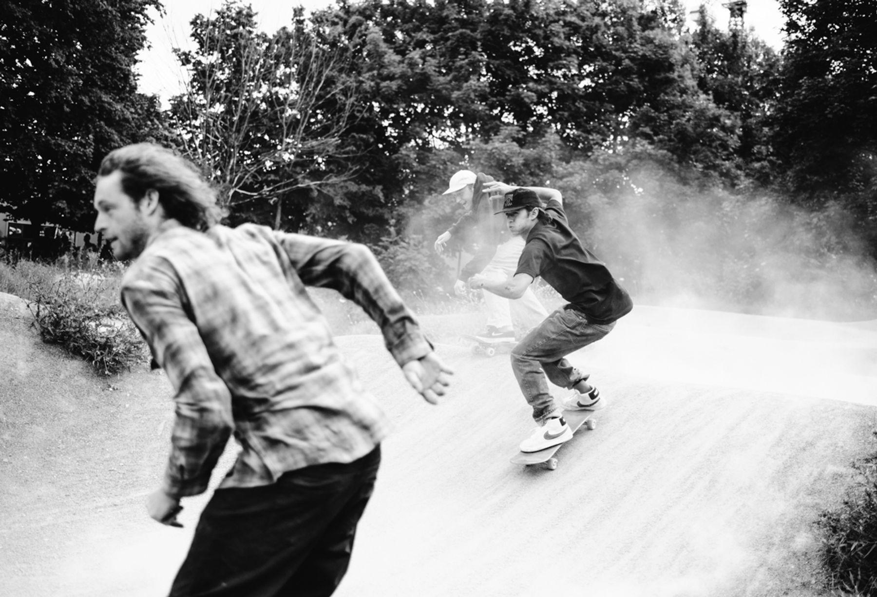 _IHC7814e-Donovon-Piscopo-Casper-Brooker-Willis-Kimbel-Nike-SB-x-Slam-City-Skates-Go-Skateboarding-Day-London-June-2015-Photographer-Maksim-Kalanep