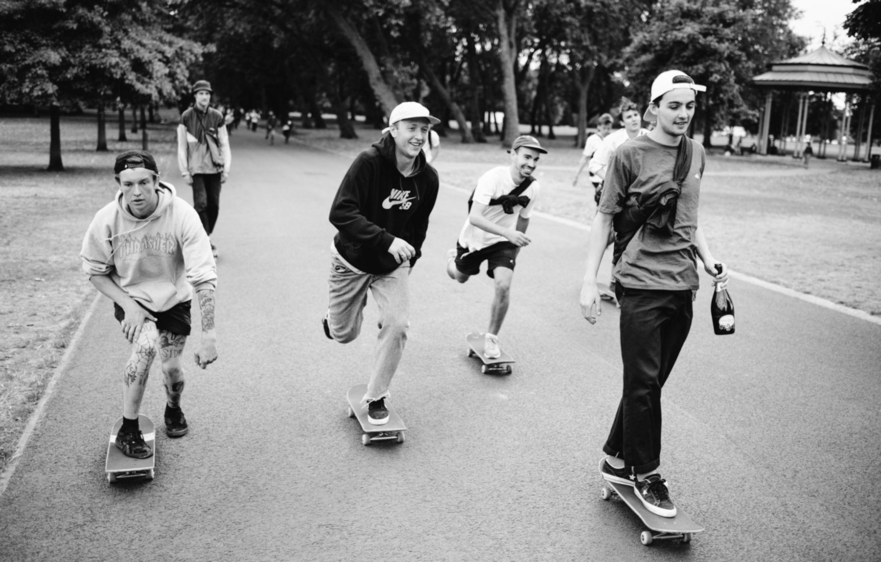 _IHC7976e-Casper-Brooker-Arthur-Derrien-Tom-Tanner-Nike-SB-x-Slam-City-Skates-Go-Skateboarding-Day-London-June-2015-Photographer-Maksim-Kalanep
