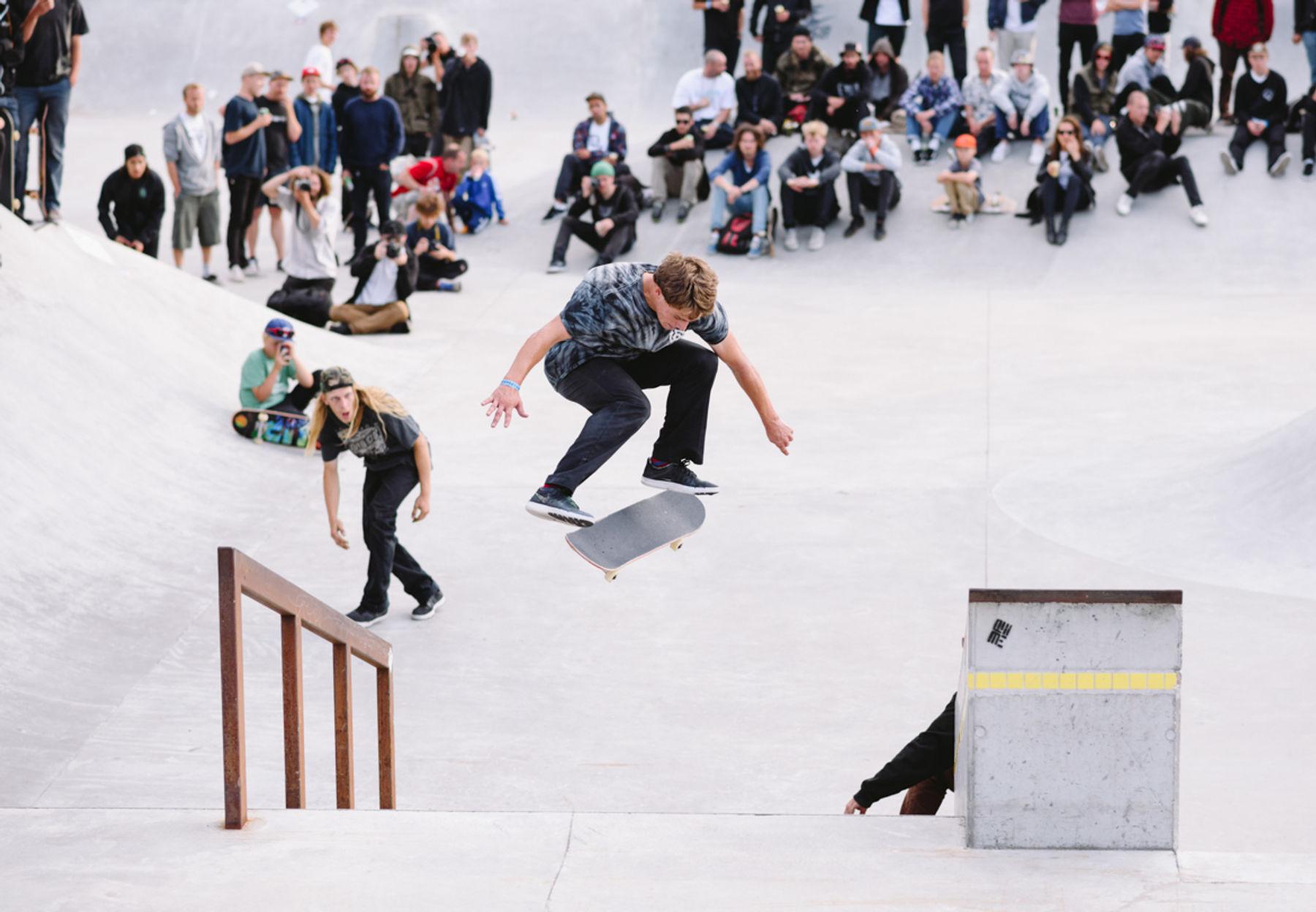 _IHC3223-Yoshi-Tanenbaum-Bs-360-Flip-Nike-SB-Copenhagen-Open-Day-1-Faelledparken-July-2015-Photographer-Maksim-Kalanep