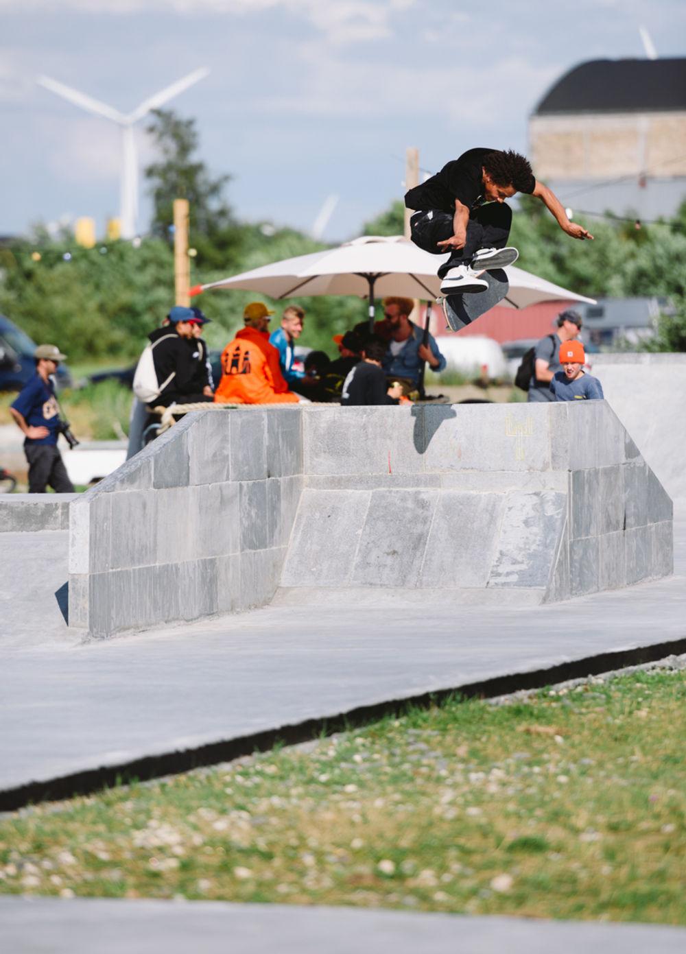 _IHC5742e-Kevin-Bradley-Kickflip-Nike-SB-Copenhagen-Open-Day-4-July-2015-Photographer-Maksim-Kalanep