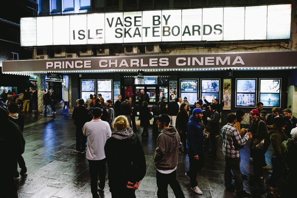 _IHC8076e-Isle-Vase-Film-Premiere-Prince-Charles-Cinema-London-November-2015-Photographer-Maksim-Kalanep