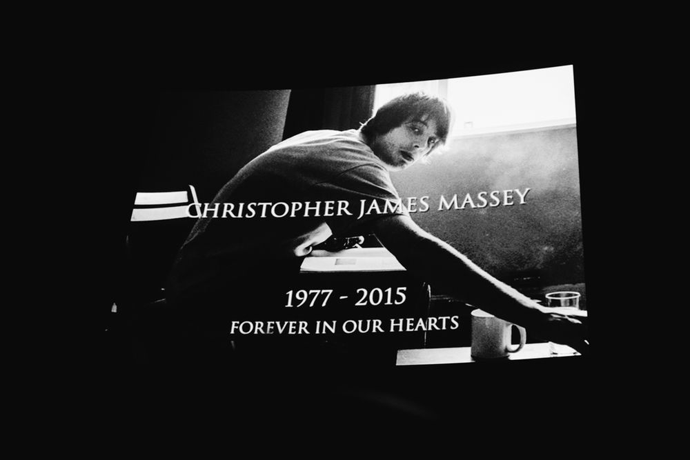 _IHC8135e-Isle-Vase-Film-Premiere-Prince-Charles-Cinema-London-November-2015-Photographer-Maksim-Kalanep
