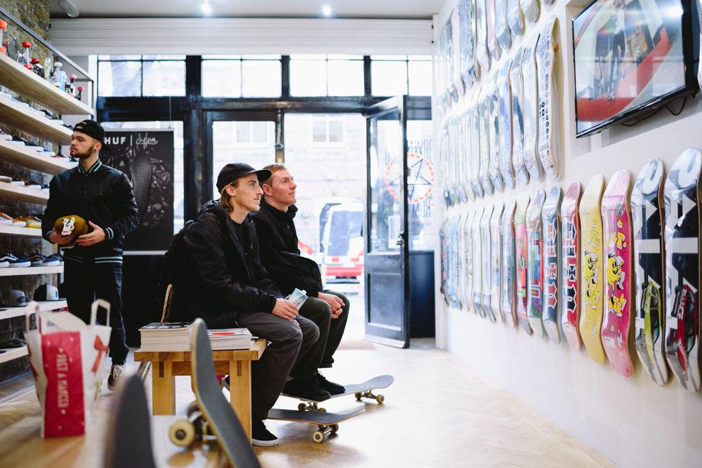 _IHC9322e-Phil-Zwijsen-Hjalte-Halberg-Nike-SB-Chronicles-3-Premiere-London-December-2015-Photographer-Maksim-Kalanep