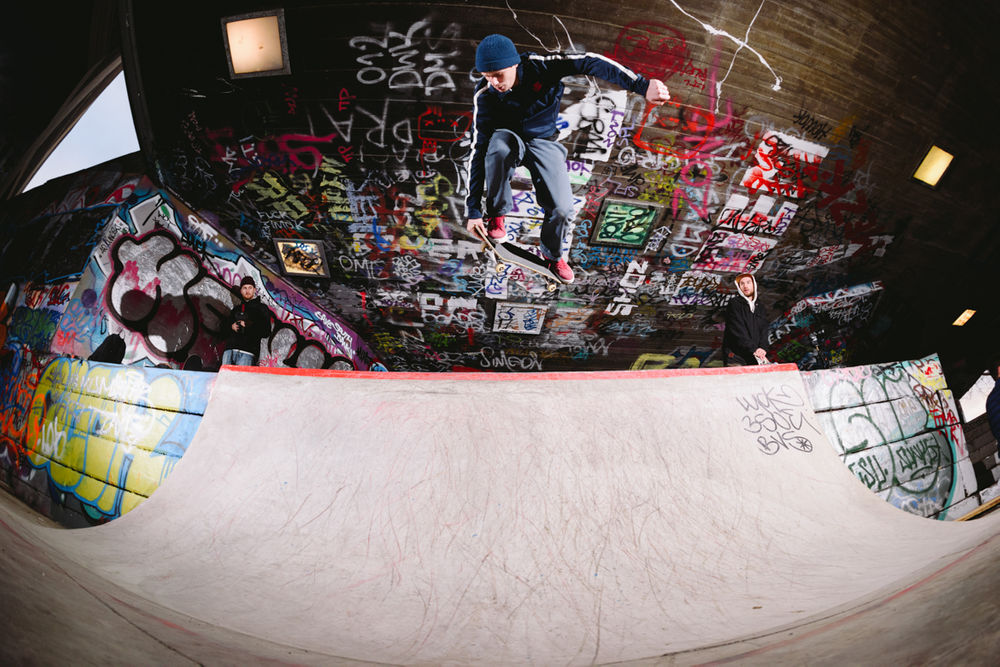 _IHC9615e-Jake-Collins-Bs-Air-Nike-SB-Chronicles-3-Premiere-London-December-2015-Photographer-Maksim-Kalanep