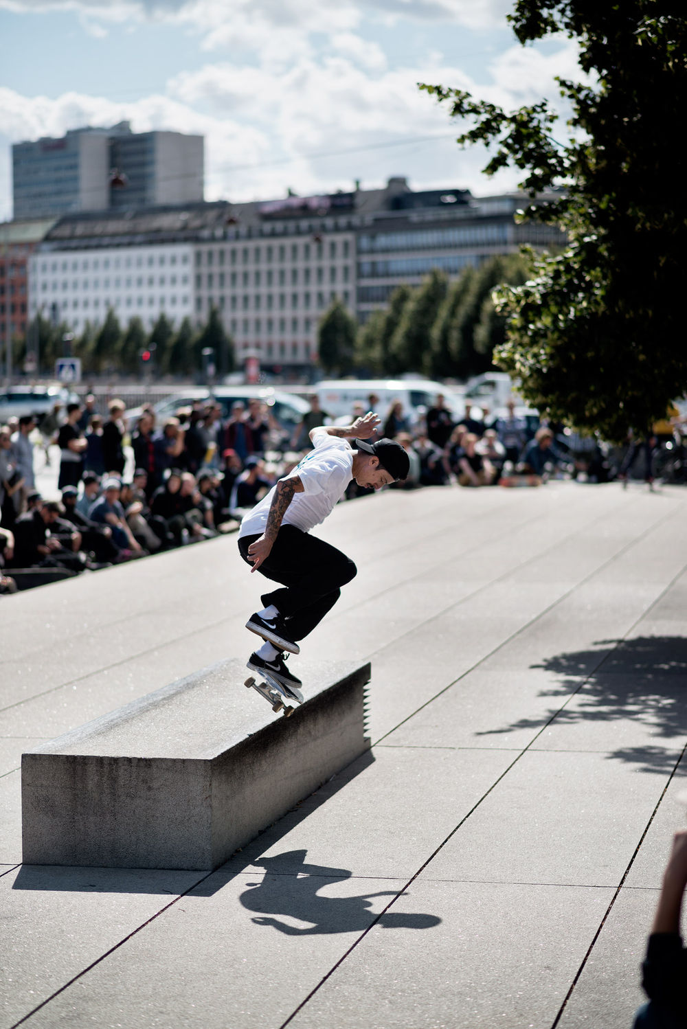 LUAN_OLIVEIRA_SWITCH_HEELFLIP_BACKSIDE_50_CPH_GREY_HENRY_KINGSFORD
