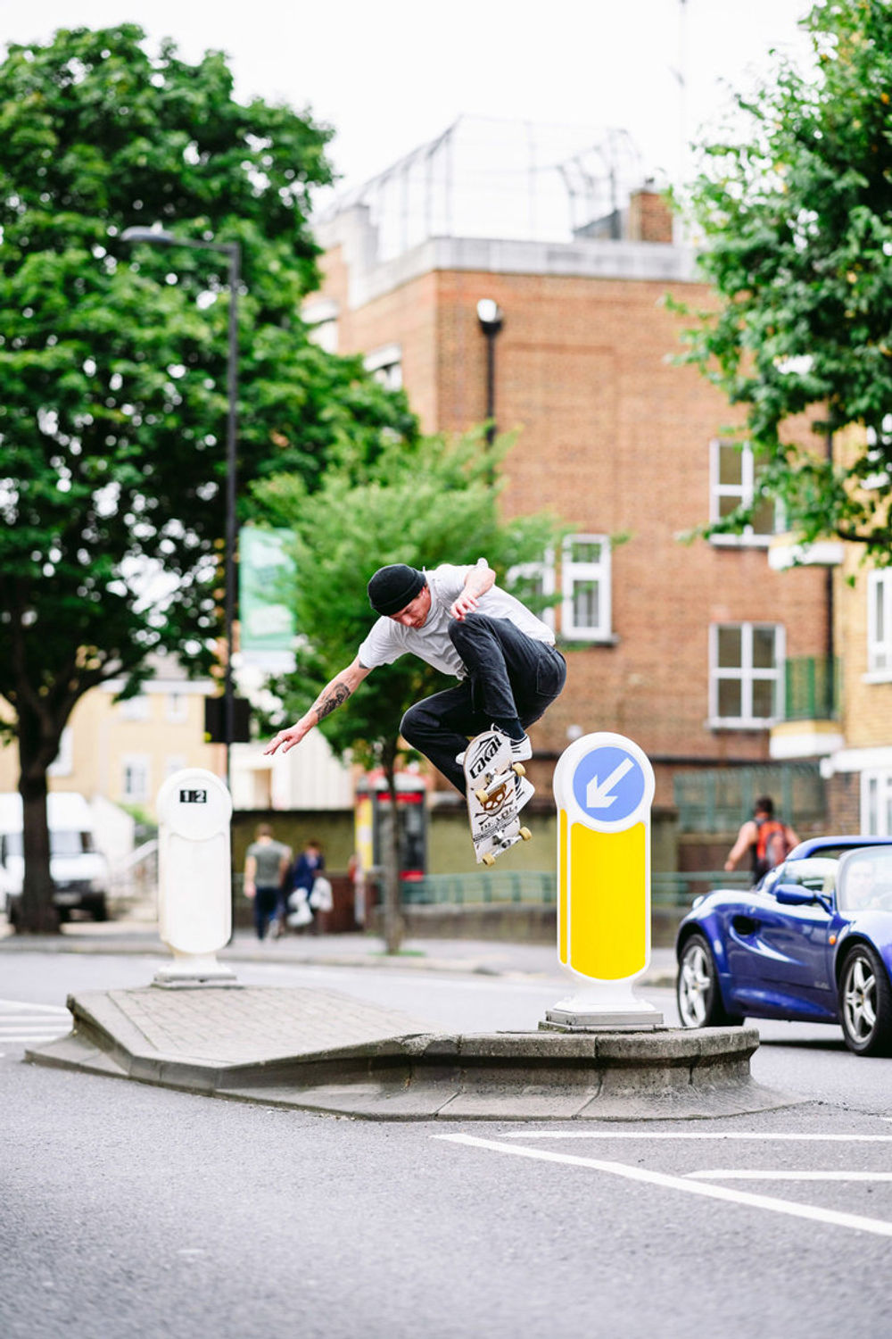 _ihc3845e-mikey-patrick-ollie-up-wallie-out-levis-skateboarding-london-august-2017-photographer-maksim-kalanep