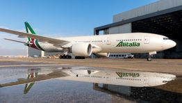 Alitalia to take final flight