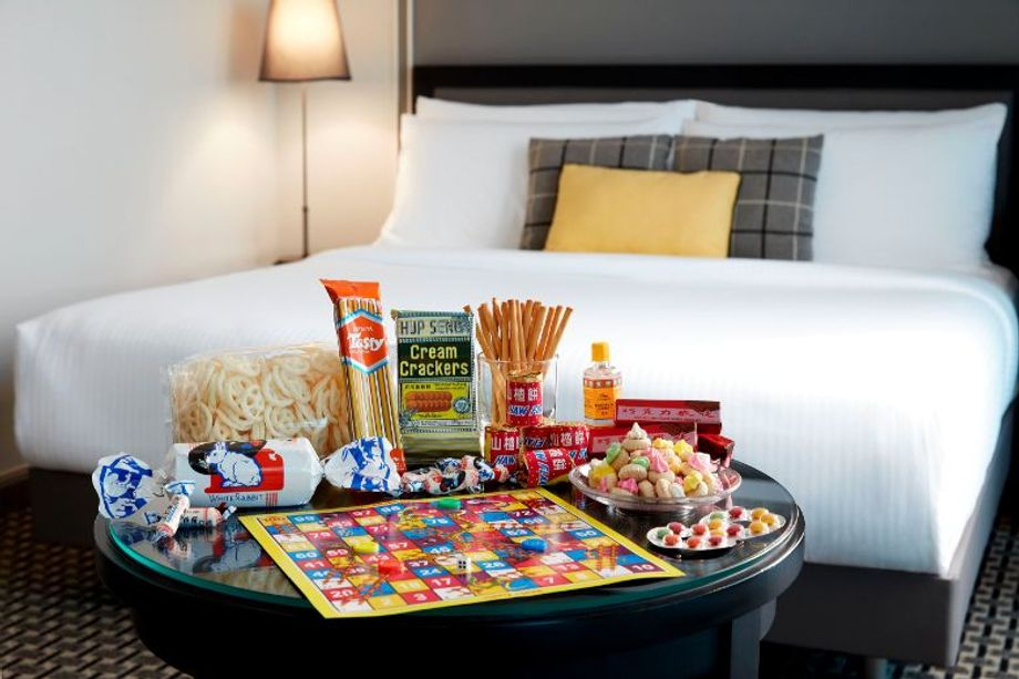 Grand Copthorne Waterfront Hotel Singapore offers in-room kits filled to the brim with traditional local snacks and sweets to delight your guests.