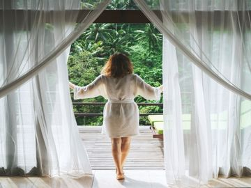 Hotel payments: Is it time for a wake-up call?