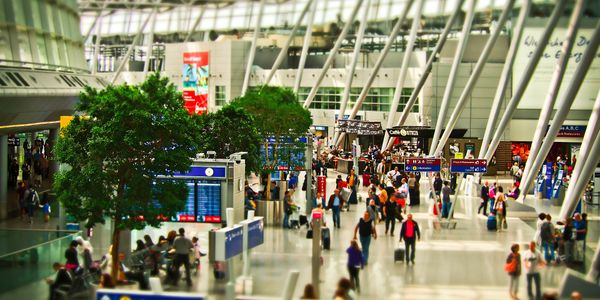Digital tools to enhance the value of airline offerings