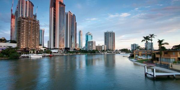 Australia-New Zealand hotel prices - February to April 2012