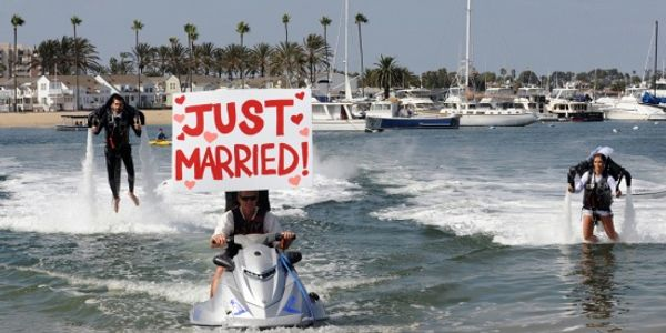 Zozi and the first Jetpack wedding ceremony in the world [VIDEO]