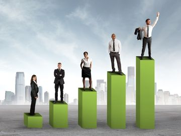 Amadeus reports single-digit growth across key metrics for 2013