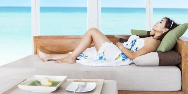 Luxury hotels and ecommerce: snobbery or laziness?