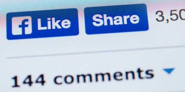 How Facebook users are tearing Facebook apart