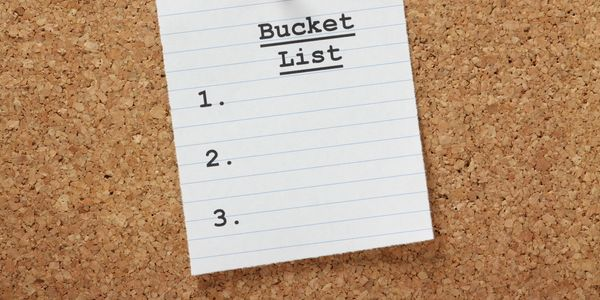 Startup pitch: Bucketlistly ties life travel goals to community