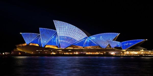 Australia gives hotels more leeway to compete with Expedia and Booking.com