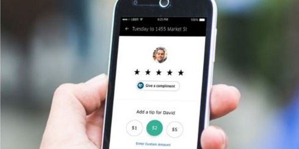 Uber moves to mend fences with drivers, allowing in-app tipping