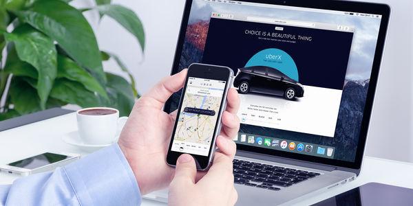 Beleaguered Uber offers chief executive job to Expedia Inc.'s Khosrowshahi