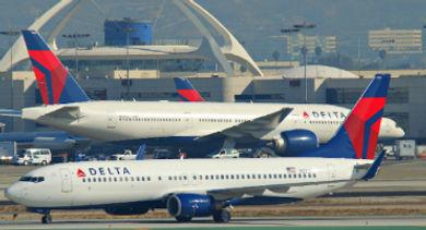 airplanes delta - 370