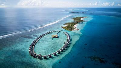 Hotel Review: The Ritz-Carlton Maldives, Fari Islands