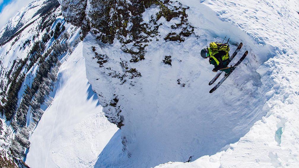 How to Ski Sidecountry Terrain Around Lake Tahoe, California
