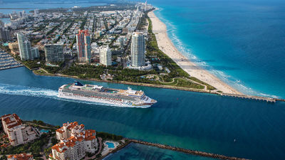 Norwegian Gem Sets Sail on NCL's First Fully Vaccinated Cruise From Florida