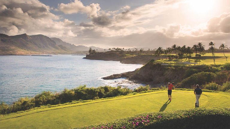 Timbers Kauai appeals to golfers with its award-winning Jack Nicklaus-designed Ocean Course.