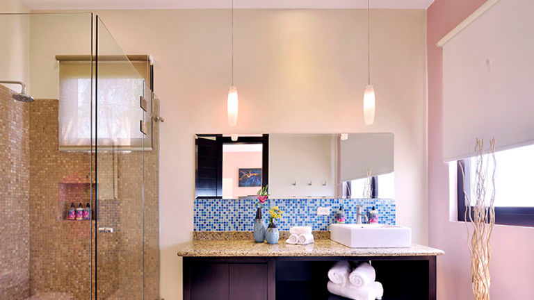 Guest bathrooms are spacious and well-appointed. // © 2015 Villa Buena Onda