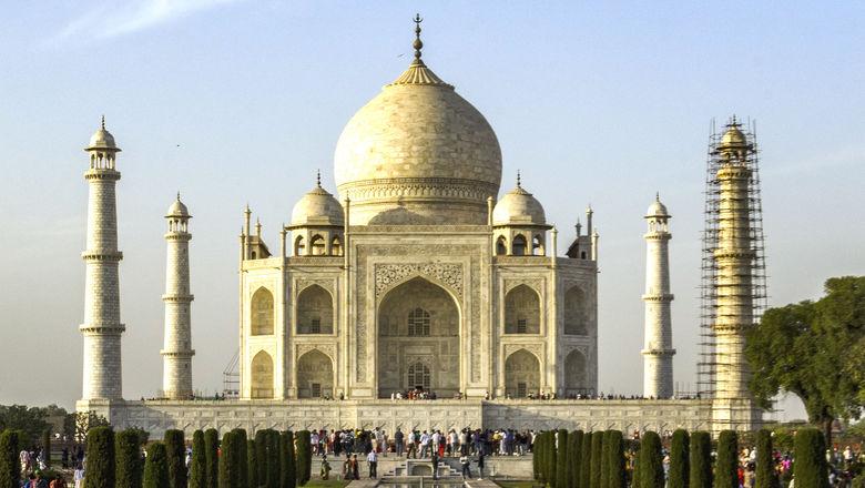 Taj Mahal -- scaffolding