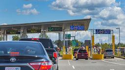U.S.-Canada border crossing [credit: oksana.perkins/Shutterstock]