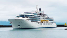 T1025CRYSTALENDEAVOR_C_HR [Crystal Cruises]