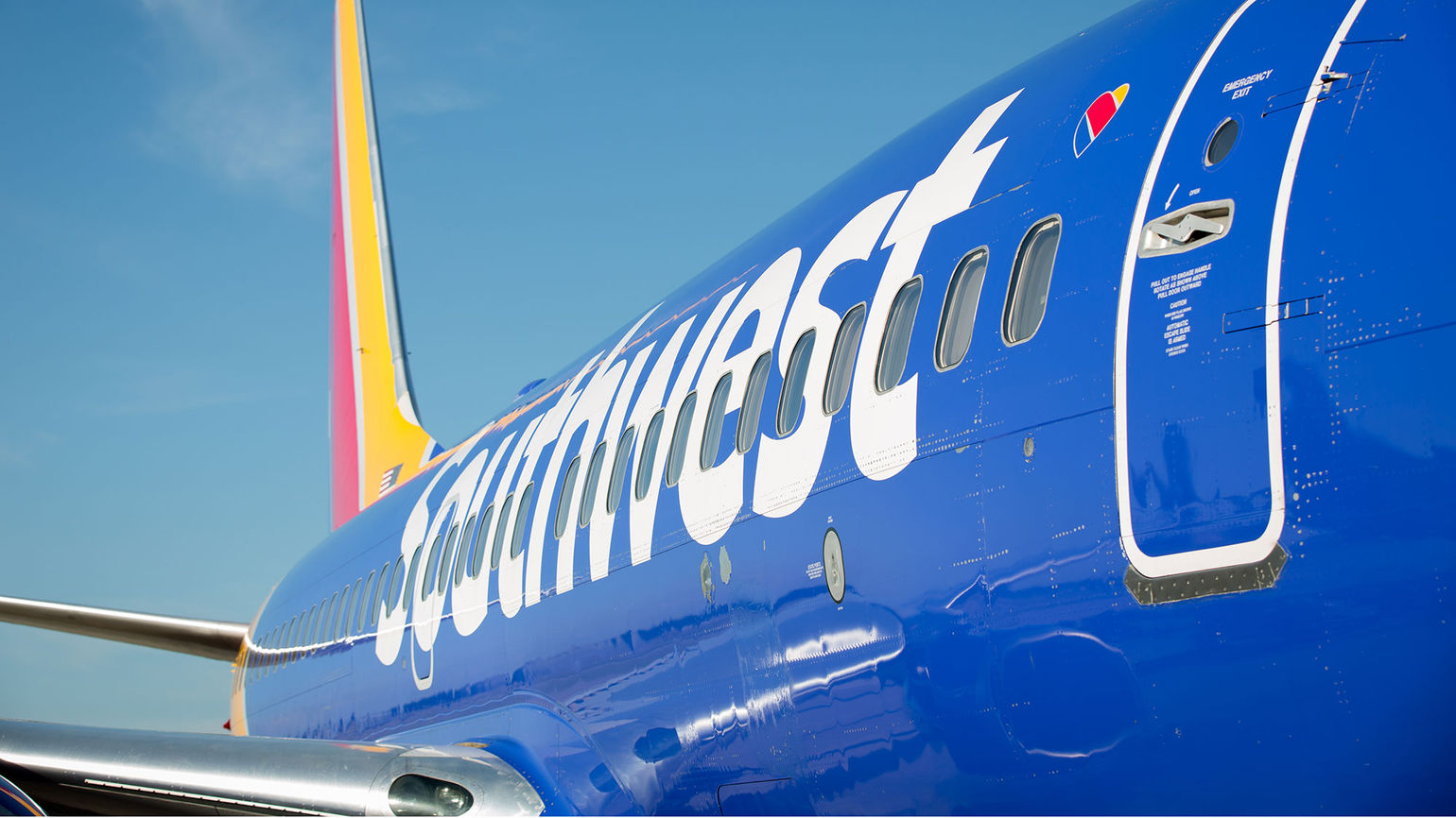 Southwest cancels plan to put unvaccinated employees on unpaid leave