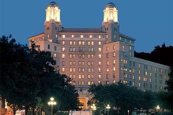 Arlington Resort Hotel & Spa