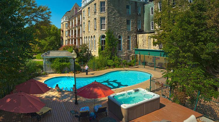 1886 Crescent Hotel & Spa Exterior