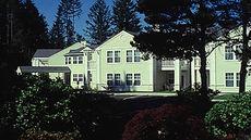 Sweetbrier Inn & Suites
