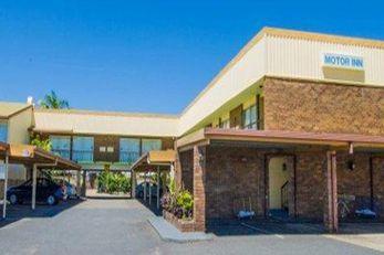 Hampton Villa Motel
