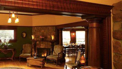 Cabernet House, an Old World Inn