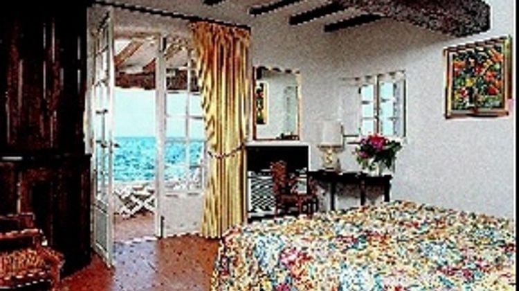 Le Maquis Room
